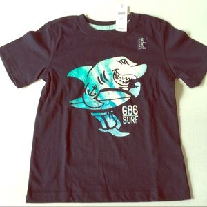 ⭐️5/$25 New Boys Gap Navy Blue shark surf T-shirt